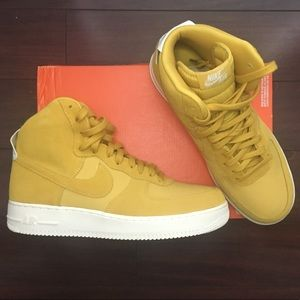 Air Force 1 High Suede 'Yellow Ochre'